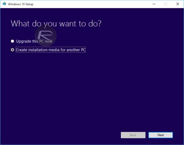 قدم دوم: بعد از نصب برنامه در این قسمت Create installation media for another PC را انتخاب می کنیم و سپس Next