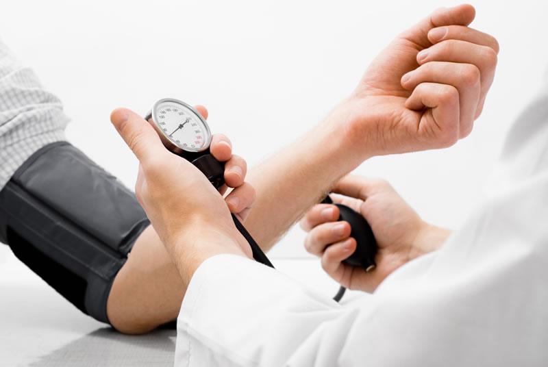 علل افت فشار خون در زنان
