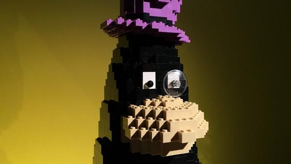 brick-penguin