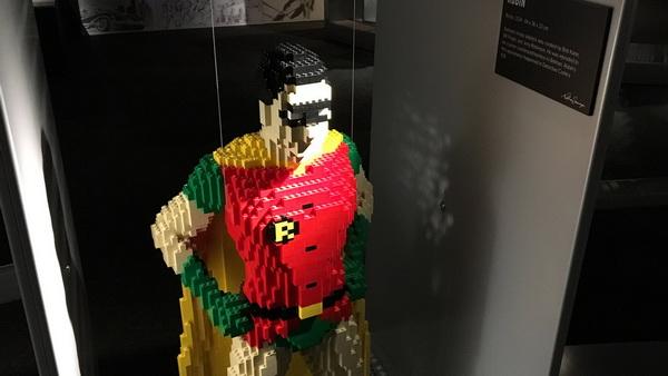 brick-robin