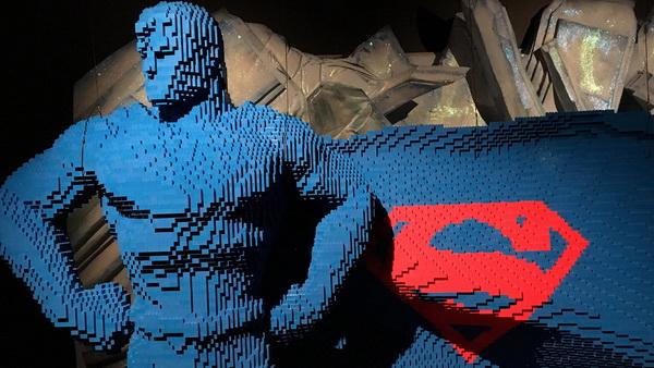ابر قهرمان های کمیک در قاب LEGO جان می گیرند