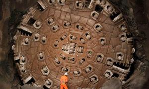 عمیق ترین و طولانی ترین تونل
