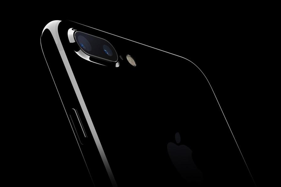 دلیل صدای نویز در iPhone 7