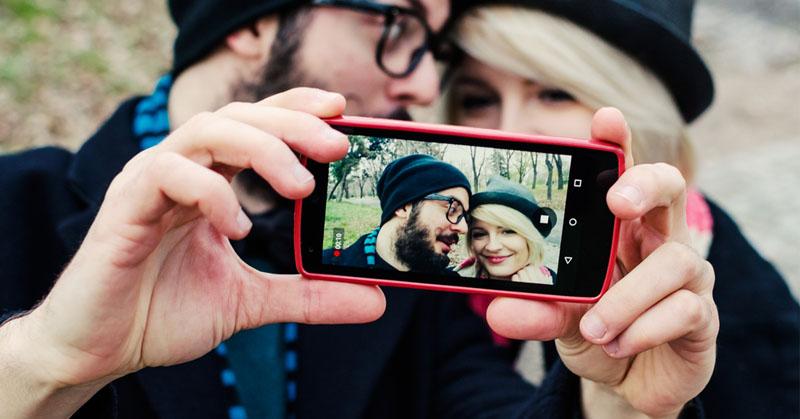 لحظات خصوصی زندگی تان را هرگز در شبکههای اجتماعی فاش نکنید!