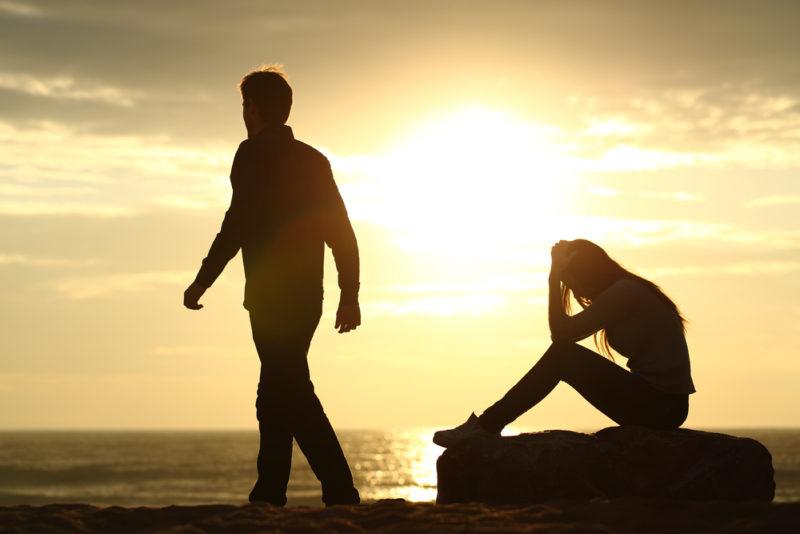 رفتارهایی که باعث طلاق میشود