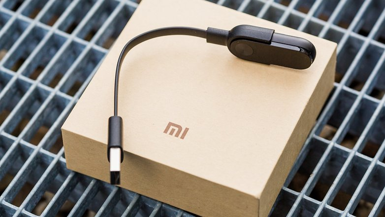 androidpit-xiaomi-mi-band-2-review-4-w782