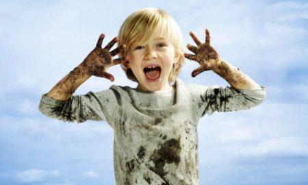 فواید خاک بازی برای کودک