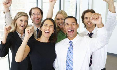 رابطه رضایت شغلی نیروی کار یک کشور و شادی مردم آن!