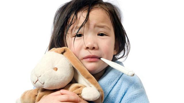 هرگز از کودک بیمار خود عکس نیندازید