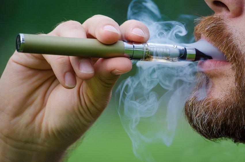 مضرات سیگار الکتریکی