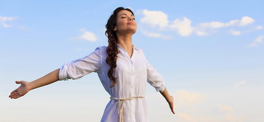 کاهش حس خشم و انتخاب واکنش شما با تنفس های عمیق و آرام در آرامش و منطق بیشتری انجام می شود.