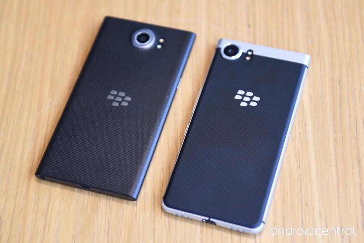 مقایسه BlackBerry KEYone با BlackBerry Priv