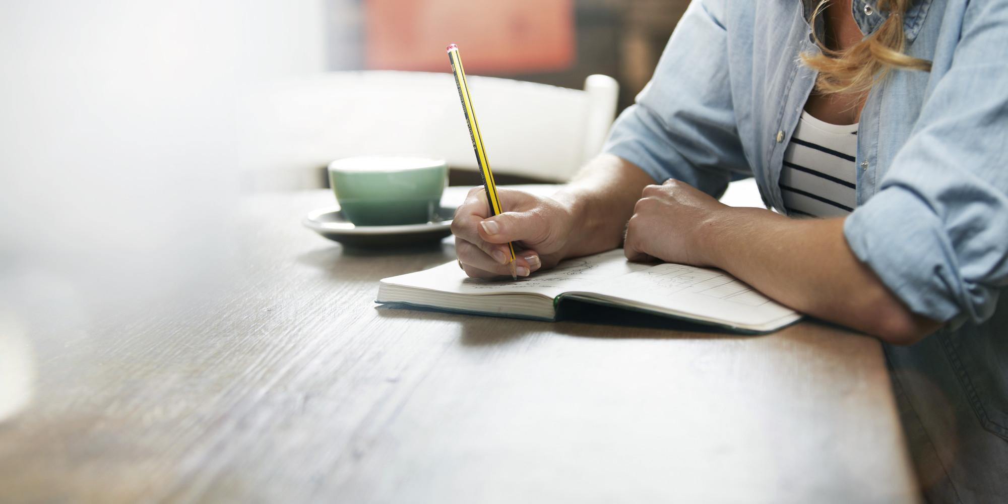 یک دفترچه یادداشت کوچک میتواند به شما یاد آوری کند که چه نعمتهای خوبی در اختیار شماست
