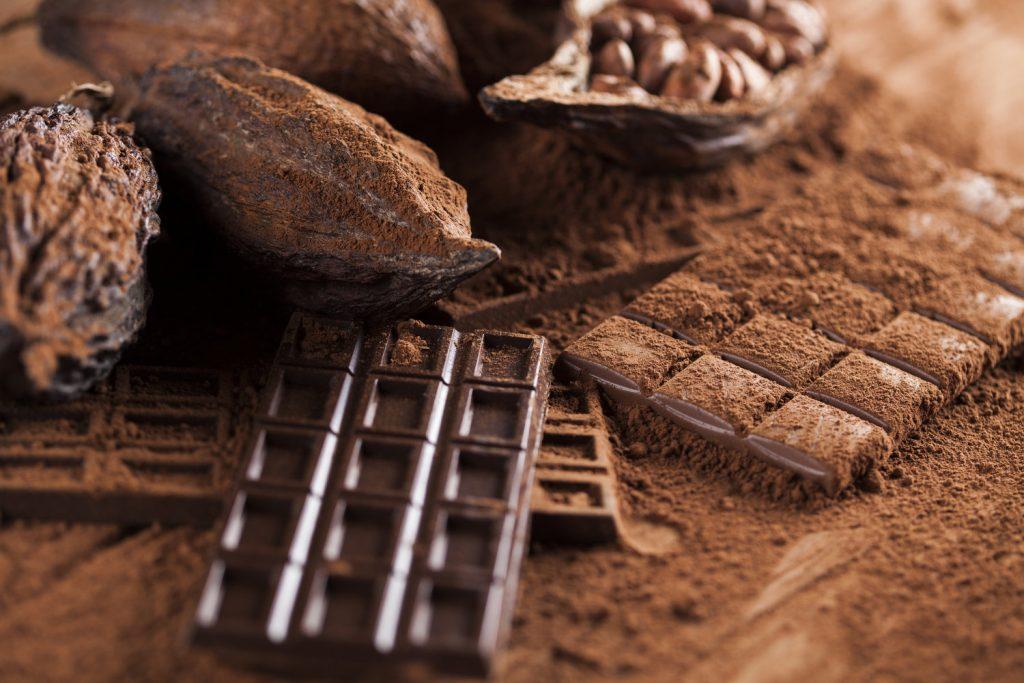 تفاوت شکلات و کاکائو