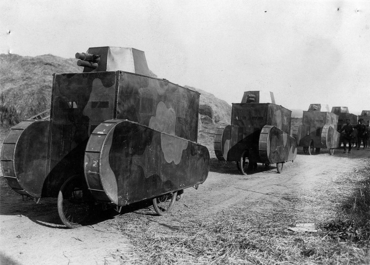 1926 _ تانک های مصنوعی آلمانی