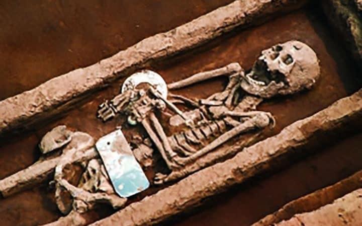 کشف قبرستان غول های ۵۰۰۰ ساله