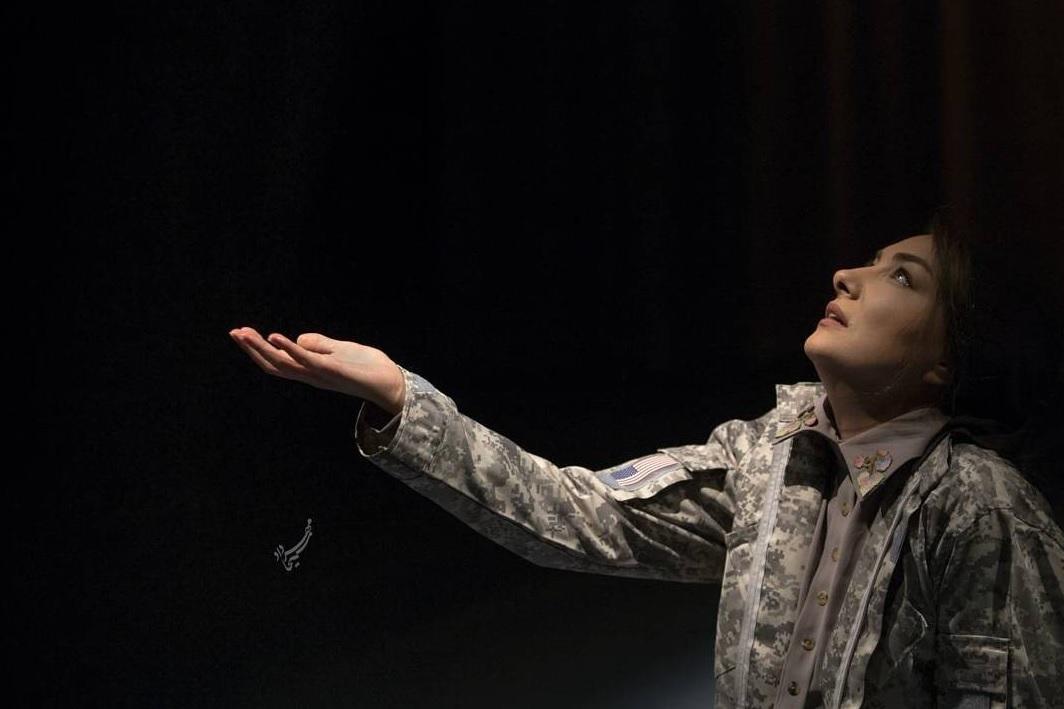 تئاتر نامه های عاشقانه از خاورمیانه کاری از کیومرث مرادی
