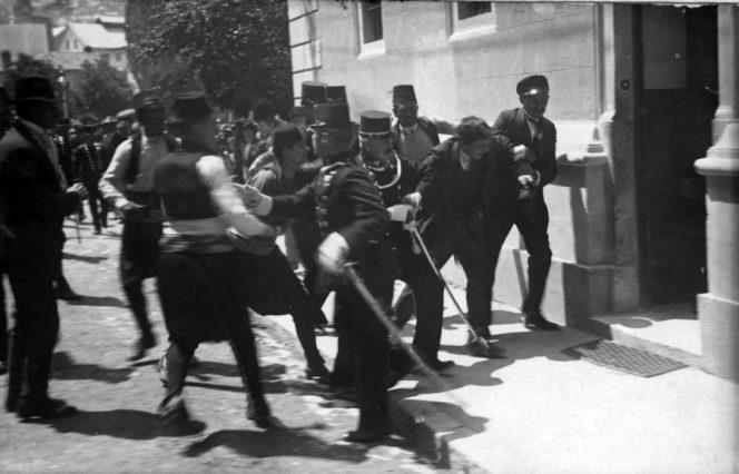 رویدادی که منجر به آغاز جنگ جهانی اول شد