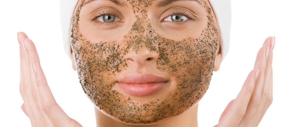 درمان های پوستی که نباید در خانه روی پوستتان انجام دهید