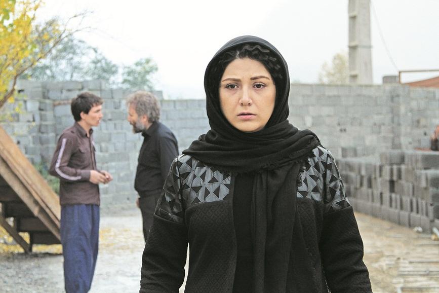 هنرنمایی باران کوثری در فیلم شنل ساختهی حسین کندری
