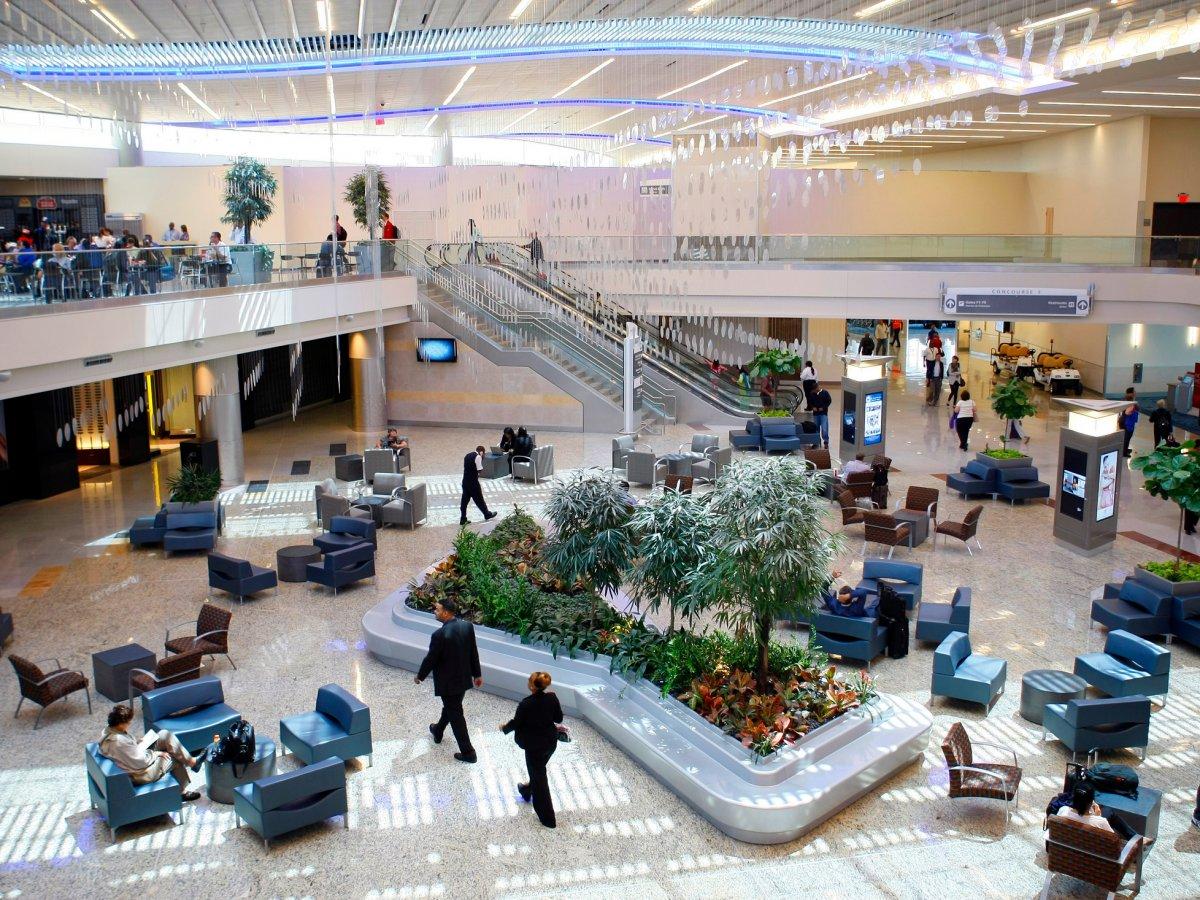 فرودگاه داکسینگ