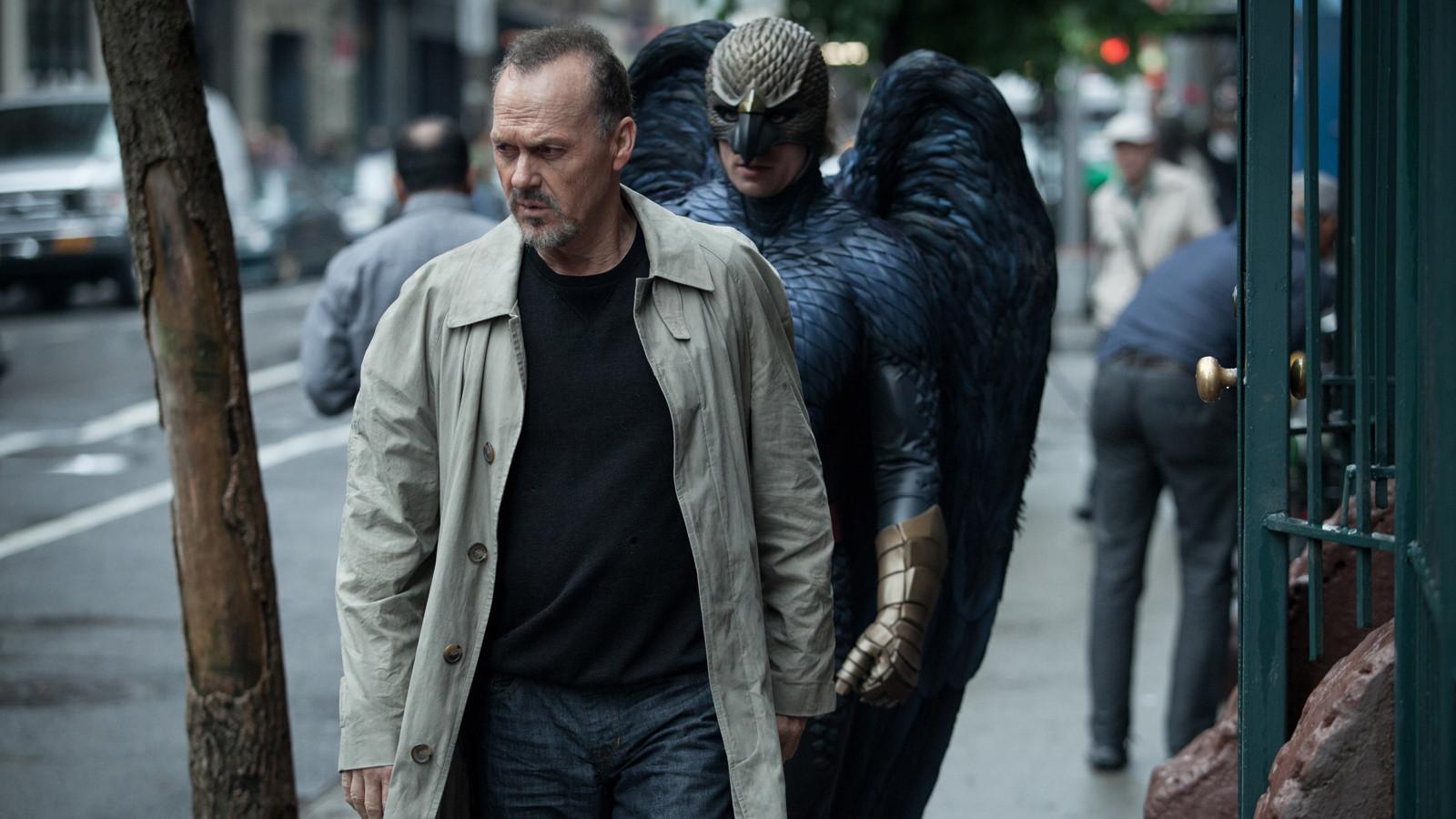 فیلم Birdman اثری گذراست که ادعای بزرگیاش با فرمی که ارائه میدهد هم خوانی ندارد.