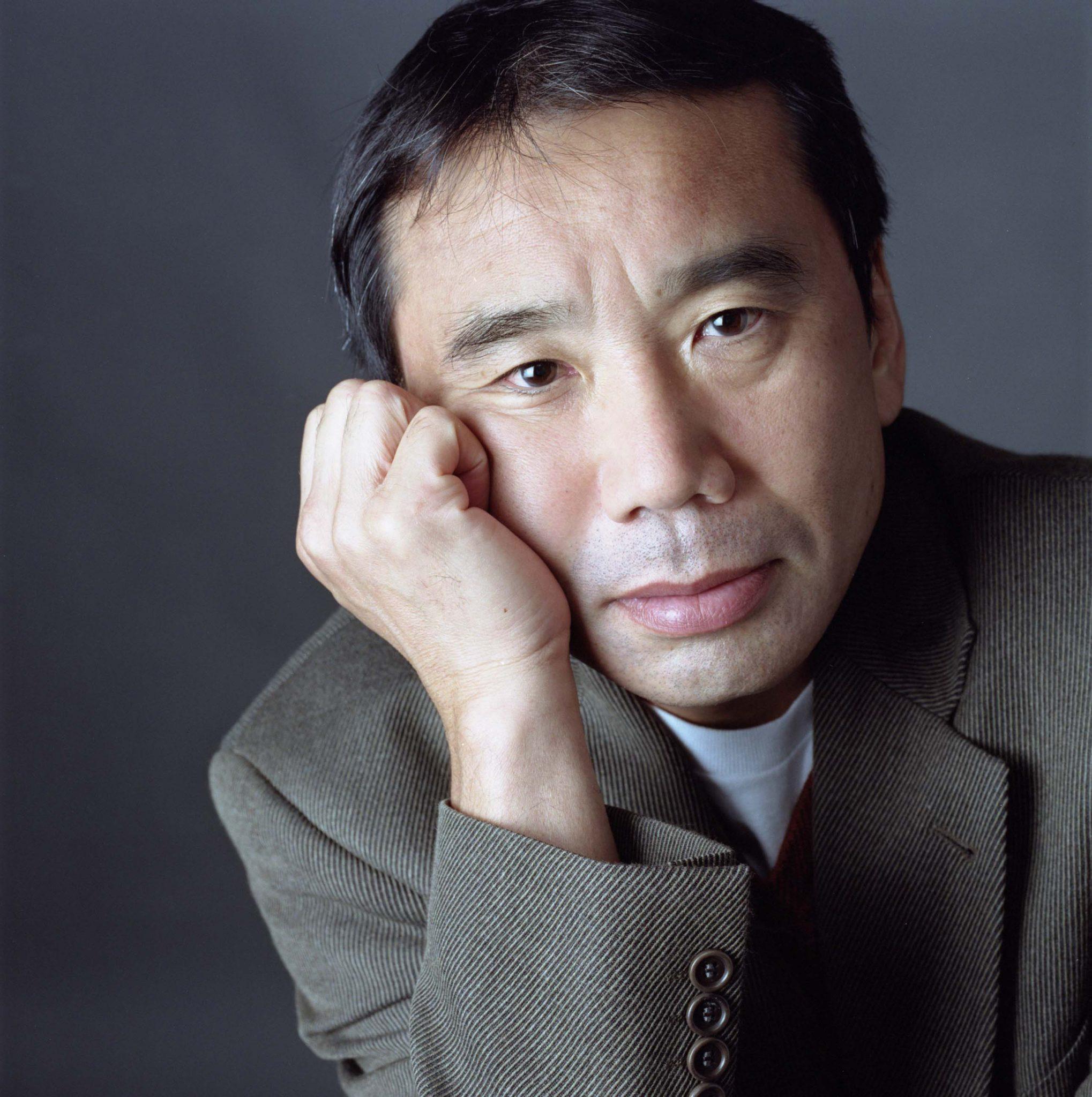 هاروکی موراکامی متولد ۱۹۴۹