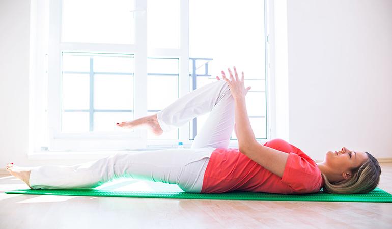 Floor-Hip-Flexor-Stretch