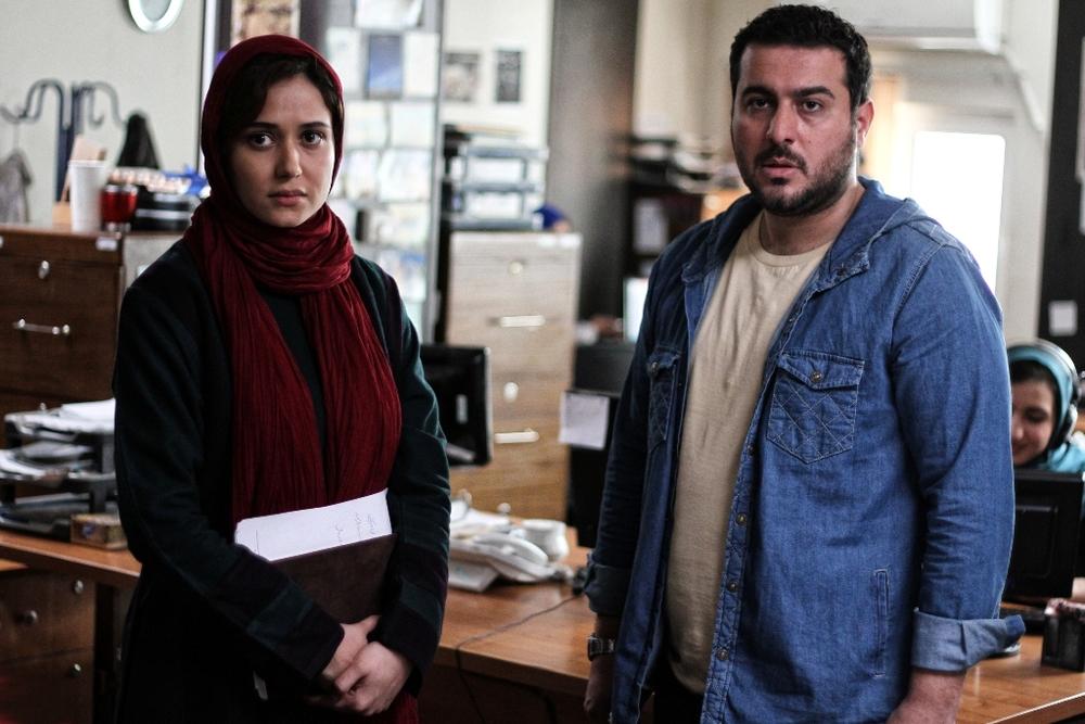 در مورد فیلم یک روز بخصوص باید گفت که به نظر میرسد که همایون اسعدیان دغدغهای اخلاقی و اجتماعی خاصی را در این فیلم دنبال کرده است.