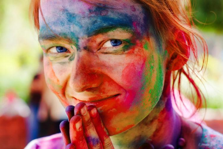 افراد وظیفه شناس سعی میکنند عکس شان طبیعی و رنگی باشد