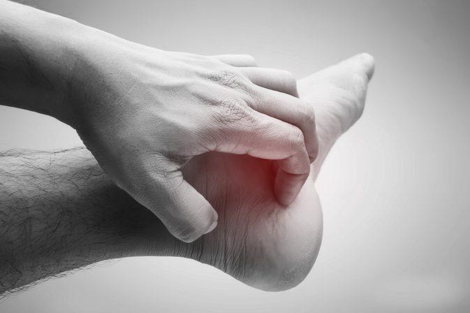 کفش نامناسب و درد پا