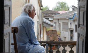 نقد فیلم احتمال باران اسیدی به کارگردانی بهتاش صناعیها