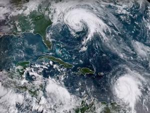 طوفان Jose