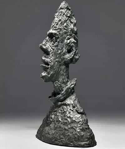 بعد از جنگ جهانی دوم و در دههی ۴۰، سبک کاری آلبرتو جاکومتی بیشتر به اگزیستانسیالیسم روی آورد.