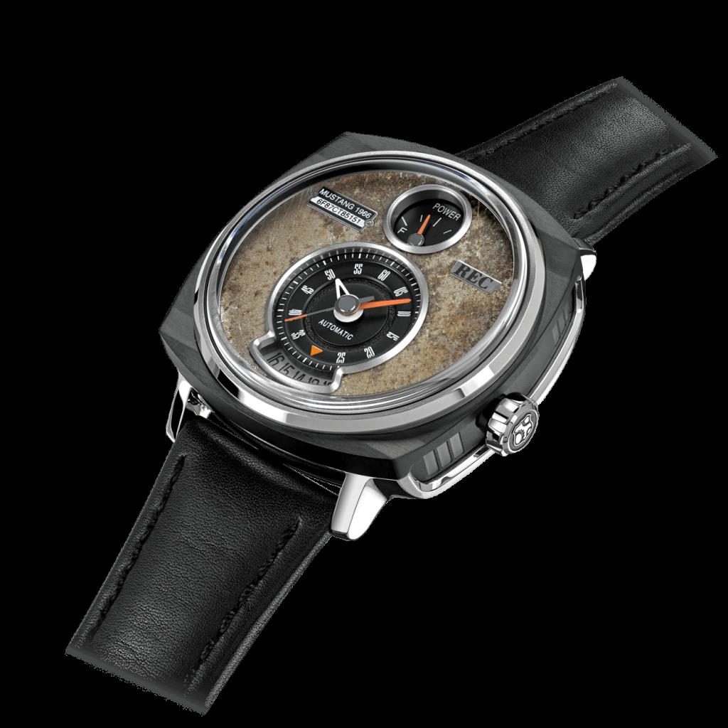 تمامی ساعت ها دارای شناسنامه بوده و طراحی اختصاصی دارند