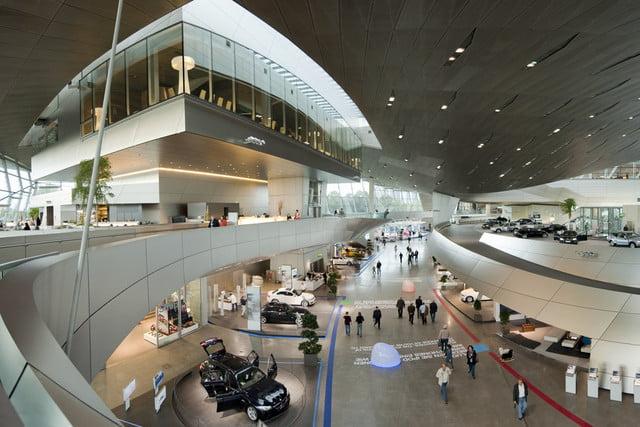 سازه های عظیم دفتر مرکزی شرکت های بین المللی