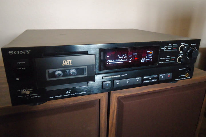Digital Audio Tape (DAT) Player - ۱۹۸۰s-1990s