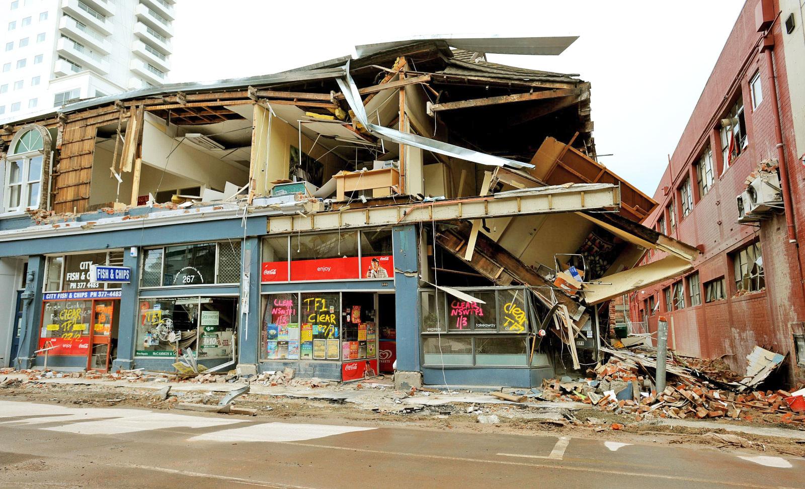 پیش بینی زلزله با امواج گرانشی
