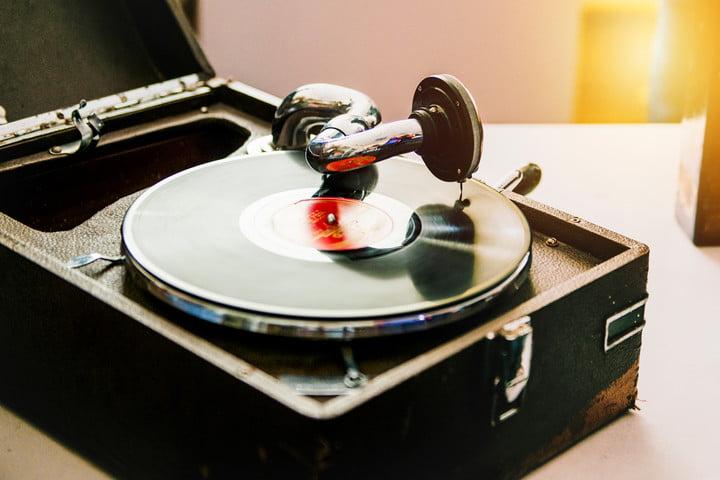 Record Player - ۱۹۲۰s تاریخچه سیستم های صوتی