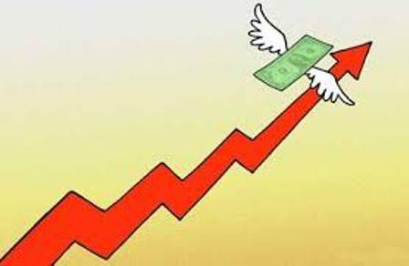 یکی از تبعات تثبیت نرخ ارز به رغم وجود تورم در اقتصاد ایران این بوده که سرمایه های خارجی به داخل کشور سرازیر شده است.
