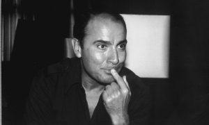 """""""نفرین ابدی بر خواننده ی این برگ ها"""" رمانی از """"مانوئل پوییگ"""" ۱۹۹۰-۱۹۳۲"""
