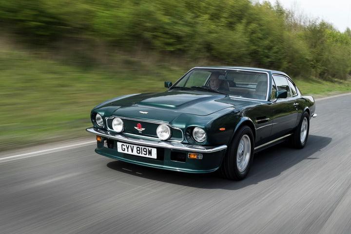استون مارتین V8 Vantage