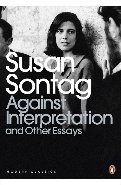سانتاگ همواره به این دلیل نگاهش به زندگی و آثار مختلف در قالب اتهام به فمنیست، کمونیست بودن قرار داشته است. اما ما در این کتاب با انسانی رو به رو هستیم که بیش از هر چیز به دنبال مفهومی برای زندگی و درک و کنکاش در مورد آن است.