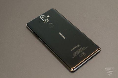 کمپانی فنلاندی HMD از Nokia 8 Sirocco پرچمدار اندرویدی خود رونمایی کرد!!