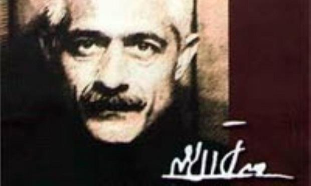جلال آل احمد در داستانهای مجموعه سه تار نیز با نگاهی دقیق و ظریف، جامعهای خرافات زده و بیمار را مورد انتقاد قرار میدهد.