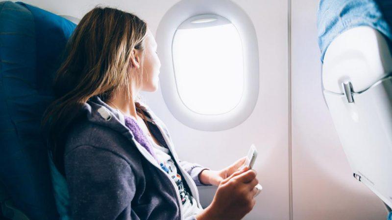 پنحره های بیضی هواپیما