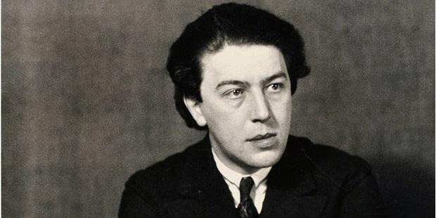 آندره بروتون (به فرانسوی: André Breton) (زادهٔ ۱۸۹۶ - درگذشتهٔ ۱۹۶۶) شاعر، نویسنده، پیشگام و نظریهپرداز فراواقعگرا (سورئالیست) فرانسوی بود.
