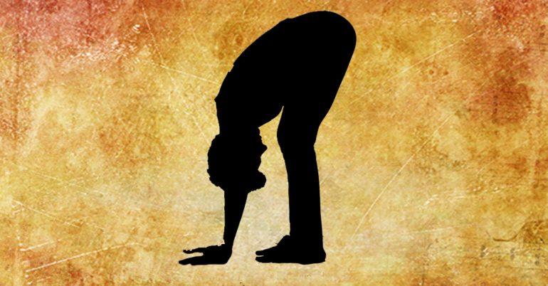 حرکت دولا شدن یوگا برای درمان گردن درد