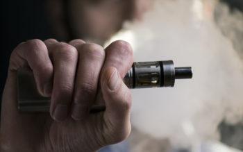 خطرات سیگارهای های الکترونیکی دود الکترونیکی