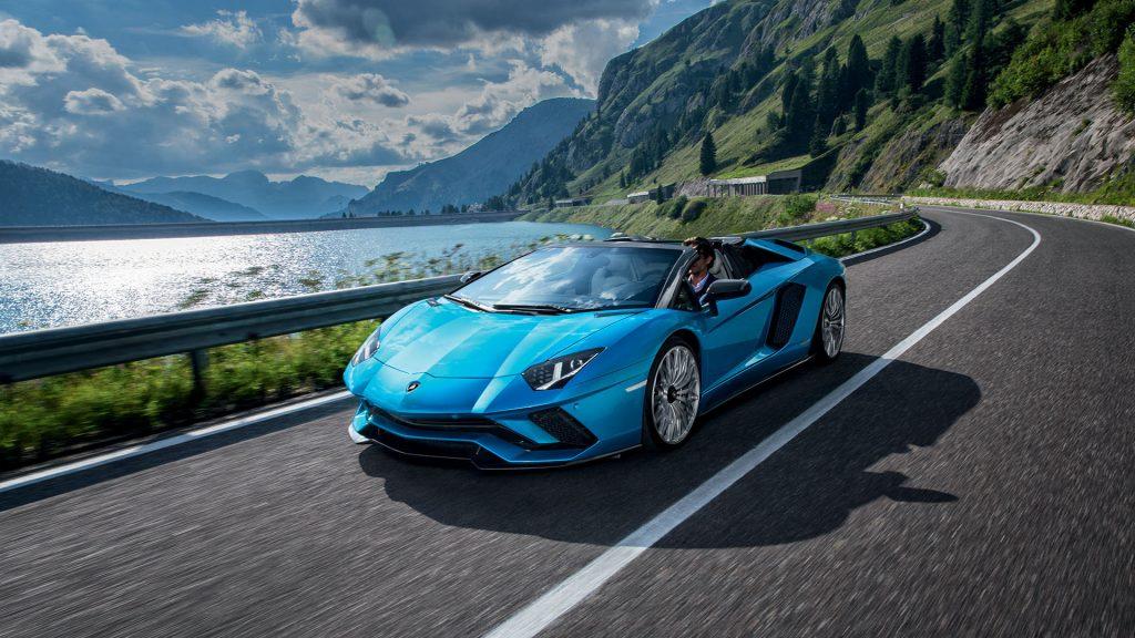 شرکت Pirelli تایرهای هوشمند خودروی سایبری خود را به شبکه IoT متصل می کند!